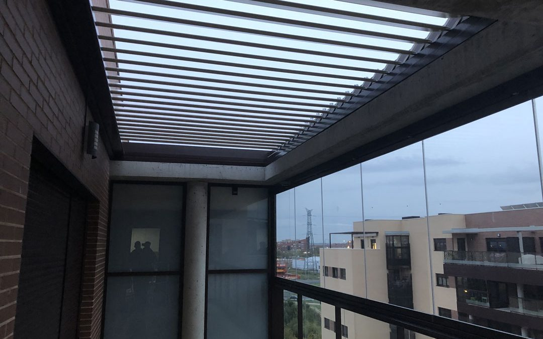 Cortinas de cristal archivos sistemas bioclim ticos for Techos moviles para terrazas precios
