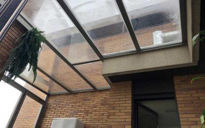 Instalación de Techo Fijo con Cerramiento Vertical de Sistema Replegable en una Terraza de Madrid Centro